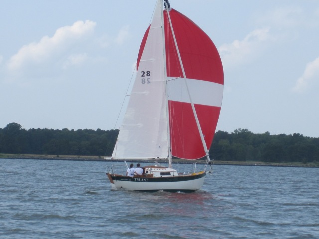 Morris 26 Sailing Away! Under spinnaker