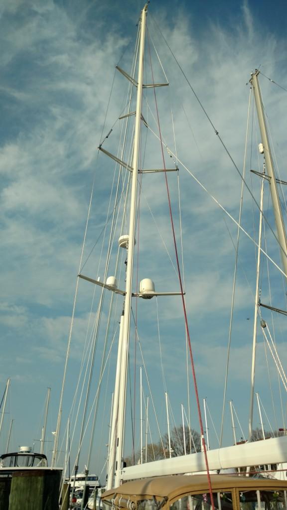 It looks like a New Mast! Moody 54